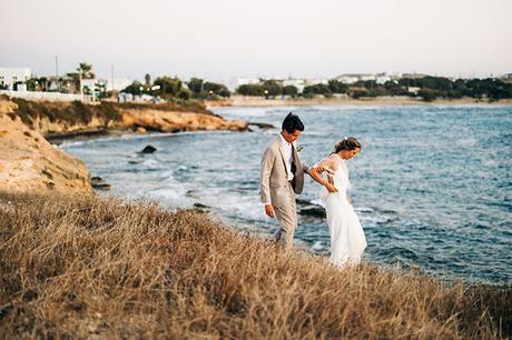 summer-destination-wedding-antiparos-fuchsia-boungainvilea_03