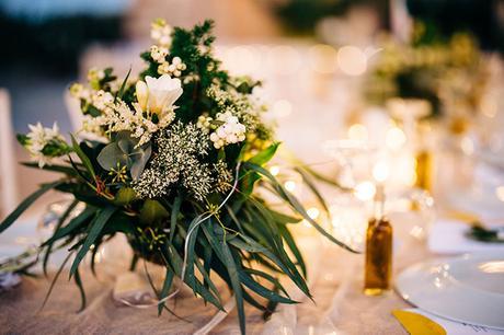 summer-destination-wedding-antiparos-fuchsia-boungainvilea_35