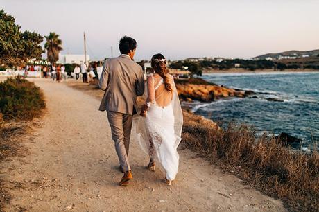 summer-destination-wedding-antiparos-fuchsia-boungainvilea_32