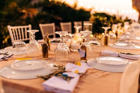 summer-destination-wedding-antiparos-fuchsia-boungainvilea_33