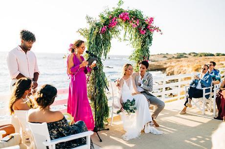 summer-destination-wedding-antiparos-fuchsia-boungainvilea_25