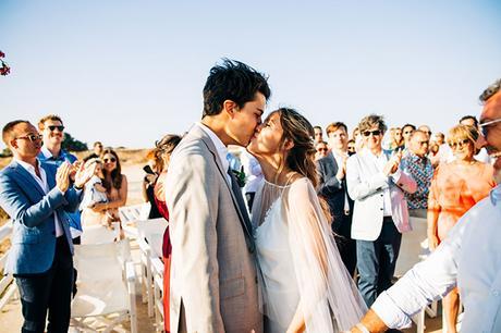 summer-destination-wedding-antiparos-fuchsia-boungainvilea_20
