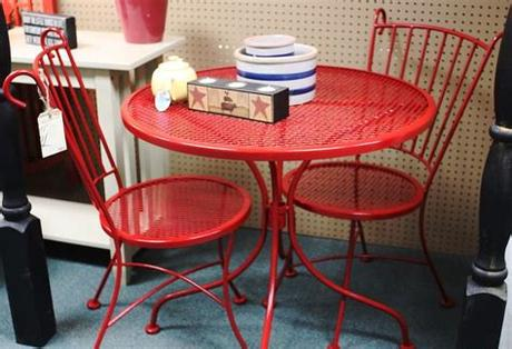 We offer you top brands such as woodard furniture, telescope casual, and polywood. Vintage red metal bistro set at Homestead Handcrafts, San ...