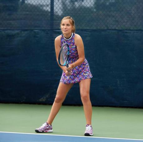 blonde tennis player