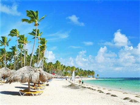 5 Best Familymoon Destinations in the World