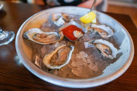 The Old Oyster Factory Review – A Hilton Head Seafood Staple