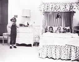 These rooms are not open to the public. Caroline Kennedy In Her White House Bedroom Strikes Our Fancy White House Bedroom White House Rooms Caroline Kennedy