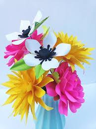Find the perfect 3d flower stock photo. Easy Paper Flower Tutorials Paper Flower Templates Diy Flowers 3d Flowers Svg Pdf Small Flowers Summer Flower Bundle Cricut By More Paper Than Shoes Catch My Party