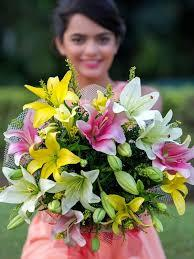 Along with the names and pictures of the flowers, you'll find interesting details about the beautiful blooms. Online Flowers Delivery In India India S Best Online Florist Cityflowersindia