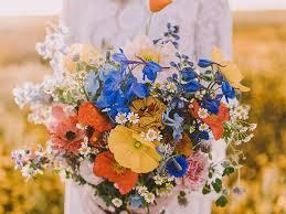 Here are some of the best flowers to photograph. The Symbolism And Meaning Behind Your Wedding Flowers