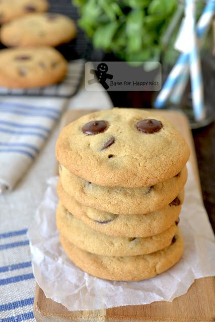 best copycat crunchy Chips Ahoy chocolate chip cookies recipe two