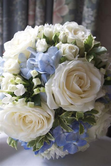 Let me know if you have questions about varieties to ask your florist about or anything like that. Arley Hall Wedding - White and blue wedding flowers ...