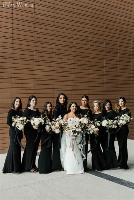 Did you have a white flower palette? Modern Black and White Wedding   ElegantWedding.ca