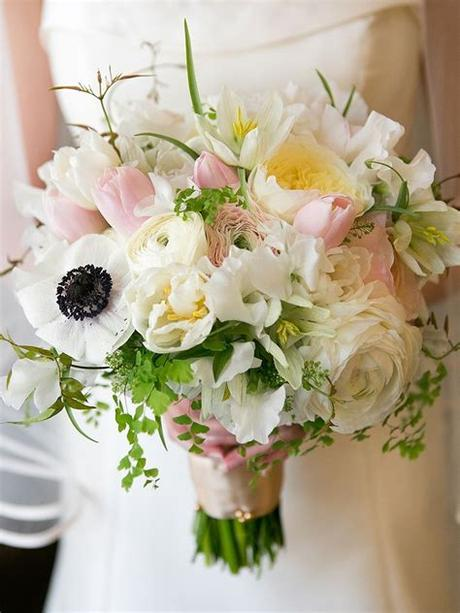 Save this awesome in depth white wedding flower guide to learn white flowers names discover new types of white flowers with pictures learn about flower availability seasons find pretty white wedding flower pairings and get. 20 Romantic White Wedding Bouquet Ideas   Cheap wedding ...