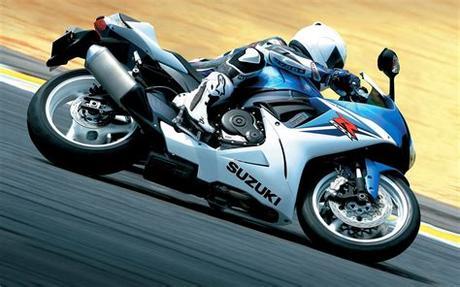 Download wallpapers of bikes,motorcycles,race stunt bikes,motocross bikes,yamaha,kawasaki,suzuki,bmw,honda,ducati,aprilla bikes in high resolutions for free. HD Bike wallpapers 1080p - Mobile wallpapers