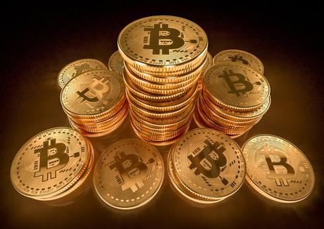 Top Cryptocurrency Bitcoin Slumps to $30,000 Level in May