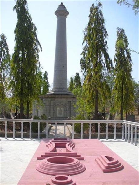 Gajanan maharaj temple @ shegaon is a spirutual experiance. November 2012   Indian Religious Temples
