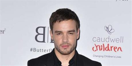 He has two older sisters, nicola and ruth. Liam Payne «sorgte» sich inmitten des Corona-Lockdowns um ...