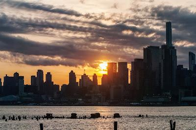 The ring of fire was more like a banana over Manhattan