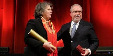 Ana paula vitorino is a portuguese politician serving as minister of sea since 26 november 2015update.2 she is a member of the socialist party. Ana Paula Vitorino recebe título de Cidadã Honorária de ...