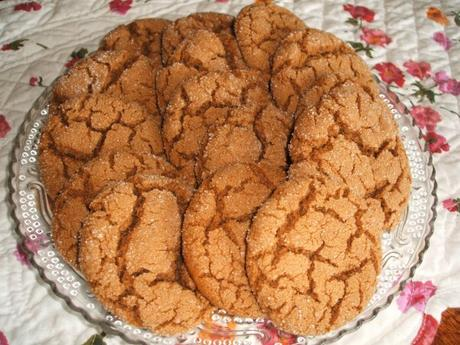 GINGERSNAPS * family favorite * softer and puffy cookies ...