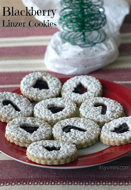 Freezing baked cookies now gives you a leg up on holiday prep and ensures santa has something to snack on. Blackberry Linzer Cookies Recipe ~ ItsYummi.com