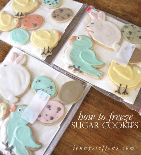 A classic christmas sugar cookies recipe for cutting out and icing. Can You Freeze Decorated Sugar Cookies With Royal Icing ...