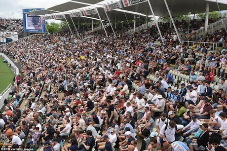 crowds pile at Edgbaston
