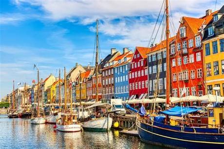 Seja bem vindo ao universo kopenhagen! Het kleurrijke Nyhavn in Kopenhagen bezoeken? Alle info & tips