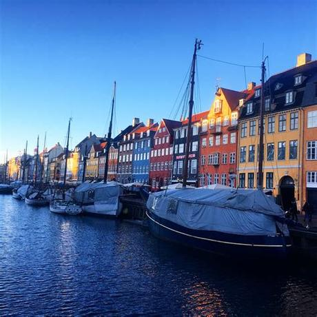 They talk about skiing, sustainable cities and the term 'hedonistic sustainability' which is what it's about. 13x wat te doen in Kopenhagen - Eat Live Travel