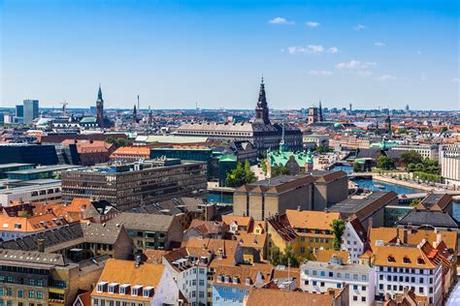 The royal and historic copenhagen. Havenstad Kopenhagen | Zeecruises.com