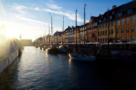 The hotel also has two excellent restaurants as well as meeting and conference facilities that can accommodate up to 110 meeting participants. Kopenhagen Foto & Bild | architektur, kultur, denmark ...