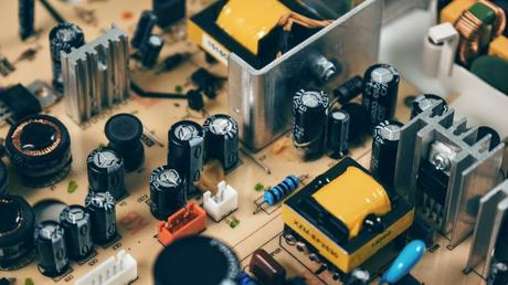 How do Supercapacitors work for IoT Devices?