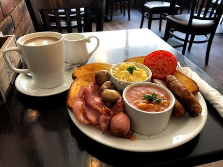 Birmingham... Digbeth Murals, A Drag Revue & My English Breakfast!