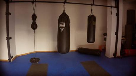 We have compiled a list down below of the 12 best free standing punching bags. 12 Best Heavy Punching Bags Reviews Buying Guide