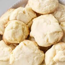One common addition is cornstarch,. Canada Cornstarch Shortbread Cookies Christmas Cookies A Woman Of A Certain Age In A Large Bowl Beat Butter Until Fluffy Kevinrothert