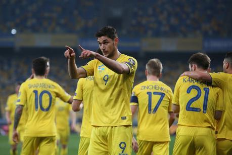 Spuuglelijk En Politieke Provocatie Ophef Om Ek Shirts Van Oekraine En Noord Macedonie Voetbal Internationaal Sportmagazine