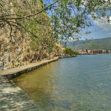 Even bellen naar je bank, is zo gebeurd. Het Meer Van Ohrid In Noord Macedonie Is In Het Voorjaar Genieten Noordmacedoniemetkinderen Kleinewereldreiziger Reizenmetkinderen Outdoor River Canal