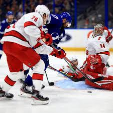 Tb sports offers the best selection of tampa bay lightning apparel for men, women, kids, and pets in all shapes and sizes for every fan. Hurricanes At Lightning Game 4 Lineups And Game Hub Canes Country