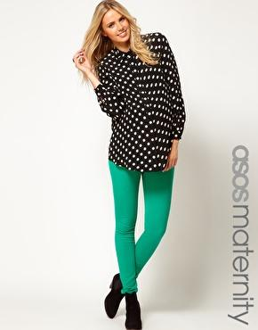 Love the Emerald Green paired with the Polka Dots!