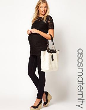 Black is always slimming and chic!