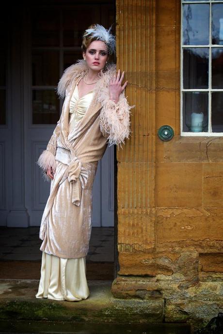 vintage ostrich feather wedding (19)