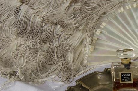 vintage ostrich feather wedding (7)