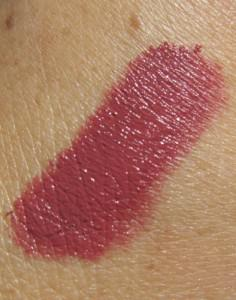 Lasting lip color with Make Up For Ever Aqua Rouge, plus the latest news
