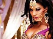 Veena Malik Revealed Name Logo with Tardiest Seductive Design