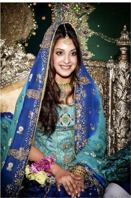 Bridal Mehndi Dresses 2012 for Pakistani Brides a Courteous Collection for Hymeneals