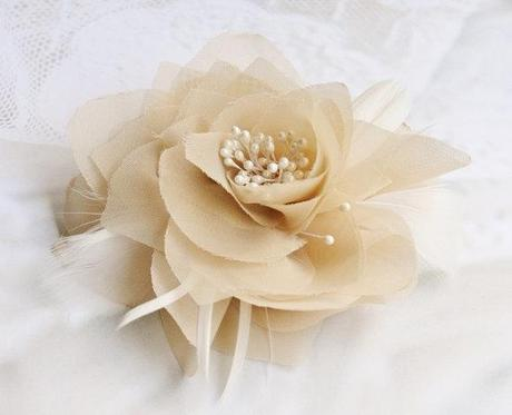 Bridal Hair Flower in Champagne, Fascinator, Wedding, Bridal, Hair Accessories, Pearl, Ivory, Beige - Ready to Ship