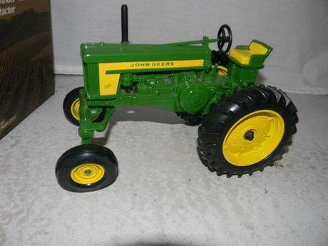 Huge Toy Tractor Auction | JJ's Auction Service