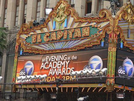 learn languages with english subtitles: El Capitan Theatre