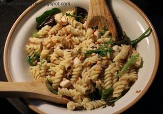 Chicken, Rocket and Pine Nut Pasta